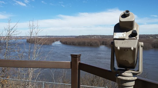 Northerly view from Julien Dubuque monument overlooking the Mississippi River at Dubuque
