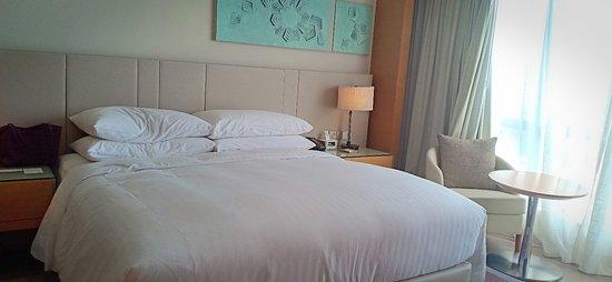 Kota Kinabalu Marriott Hotel: Perfect Sunset view at Marriot Hotel