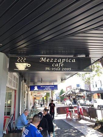 Foto de Mezzapica Cafe