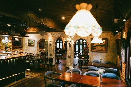 Lan Restaurant - Saigon: Main Retaurant