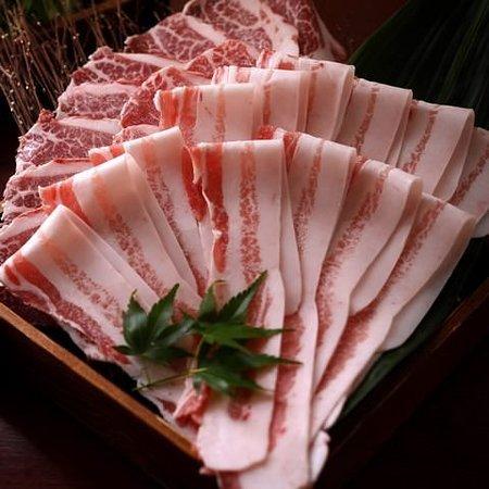 最高級ランク【ベジョータ】使用 黄金出汁イベリコ豚しゃぶしゃぶ