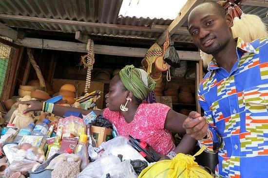 Tour a piedi dei mercati di Accra