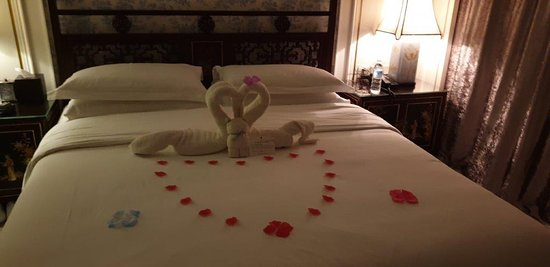 Returning to our room after our anniversary dinner to beautiful decorations by Linda, our lovely room attendant