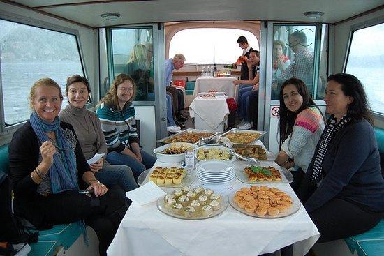 Borromean群岛之间的私人游船和马焦雷湖上的早午餐