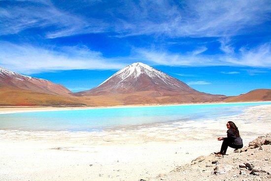 Tour Salar de Uyuni 3 días 2 noches...