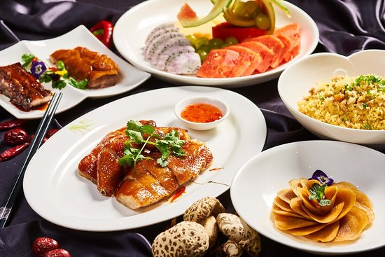 Yuexuan Chinese Restaurant: Family feast