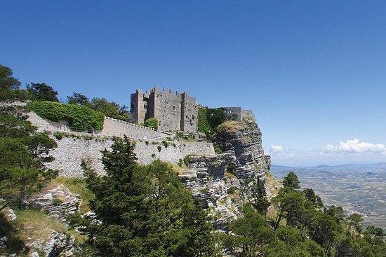 Schloss + Museum + Turm + Spanisches...