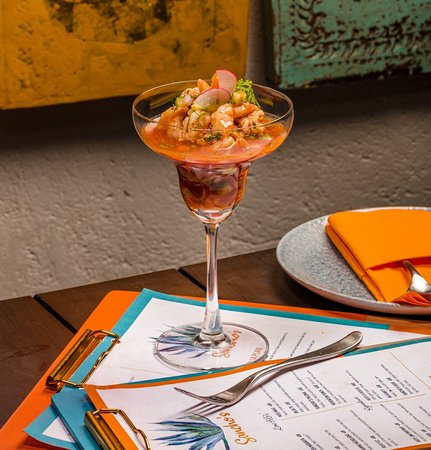 Heat getting to you? We've got the perfect cure. Meet the Sinaloa Shrimp Cocktail: Poached prawns, pico de gallo, cucumber, lime and a perfect cocktail sauce served with fresh avocado!