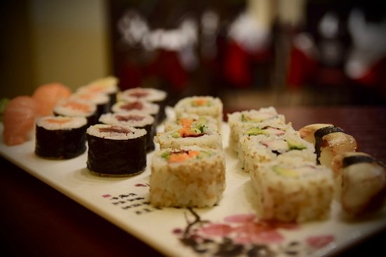 Jiang Nan Chinese Restaurant: Feel free to eat your sushi rolls with your hands. Taste now our sushi variety!