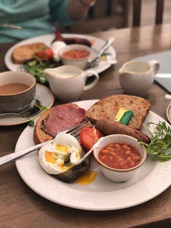 Llansanffraid Glan Conwy, UK: Welsh breakfast