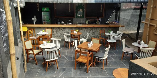 Coffe Bar Area. Suitable for private parties up to 30 people