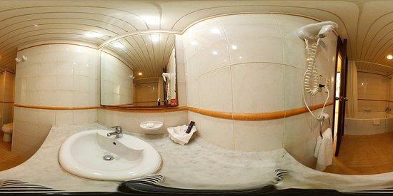 Bathroom 360º