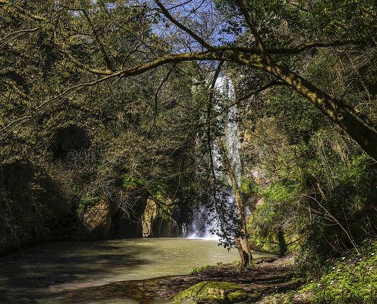 Cascata di Castel Giuliano