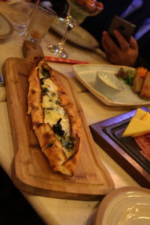 spinach flat pastry