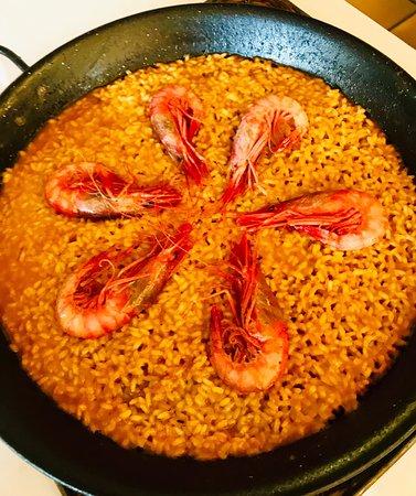 Espectacular comer en Cal Tito! El arroz de gambas de  Palamós increíble😋