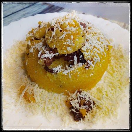 Cafe com Graca: Cuscuz de calabresa com queijo meia cura