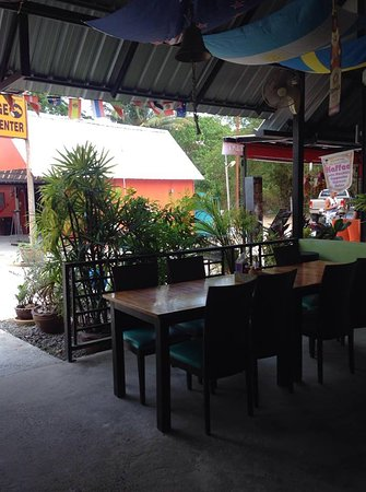 Cafe Kamala Bretzel Factory