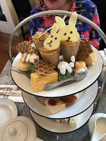Easter 🐣 bunny afternoon tea