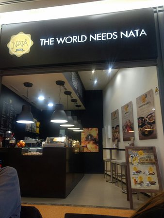 Montijo, Portogallo: The World needs nata