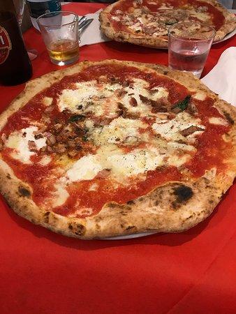 Insolito La Pizzeria Gourmet: Pizza