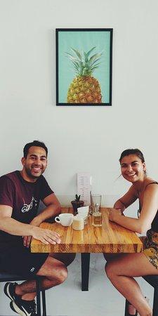 Mañana Mañana Cafe: Happy customers