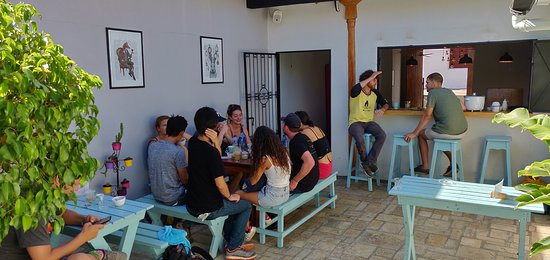 Mañana Mañana Cafe: The patio