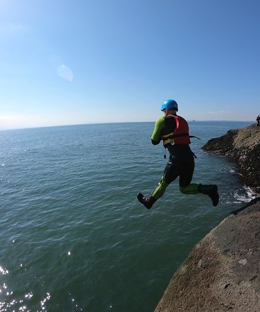 The best coasteering adventure in Scotland with Intrepidus Outdoors in Edinburgh