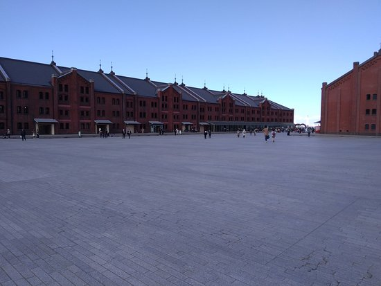 Yokohama Red Brick Warehouse: 大きな赤煉瓦