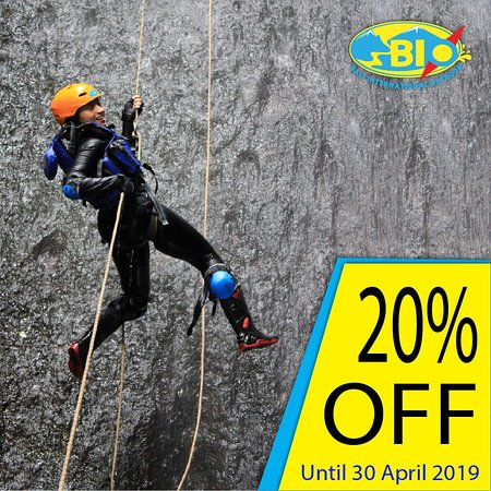 Tanah Wuk: THE MONTH OF CANYONING 💪💪💪 Get discount 20% OFF only for this month. Don`t miss it guys!!!! 🤗🤗 Booking Now on www.bioadventurer.com or 085100 558 810 #canyon #canyonning #canyoning #canyoningactivity #wet #wetterisbetter #waterfall #waterfalls #pengempuwaterfall #badung #bali #baliisland #balivacation #baliholiday #indonesia #bio #adventuretime #adventure #funwithbio