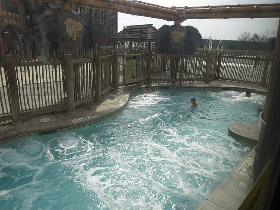 Hot Tub Inside Outside Swim Picture Of Kalahari Resort Conventions Pocono Manor Tripadvisor