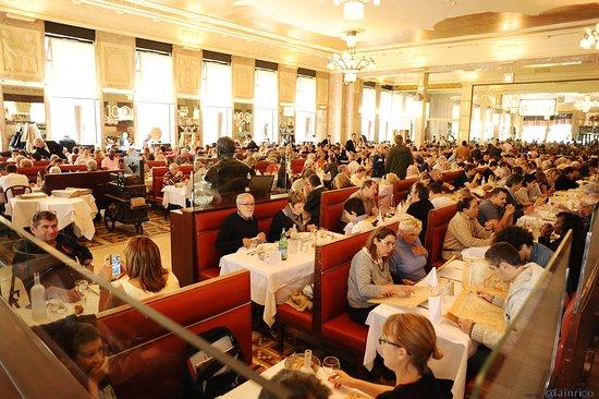 Brasserie Georges: salle