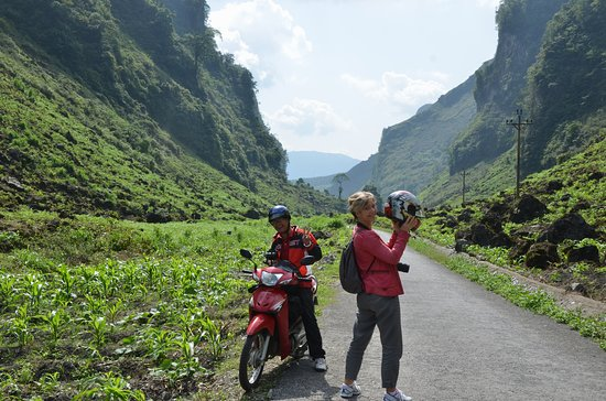 Car & Motorbike Rental in Ha Giang: Ha Giang motorbike loop