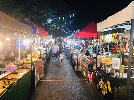 Lard Ploy Khong Market (Indy Market)