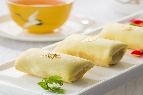 猫山王榴莲班戟 Fresh durian pancake