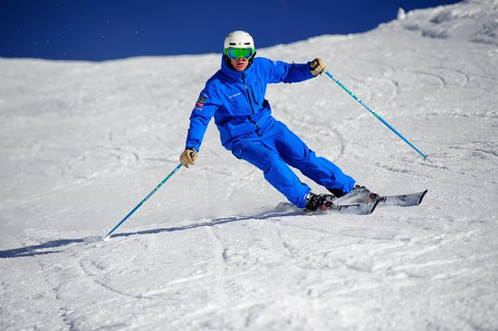 Altitude Ski and Snowboard School - Gstaad