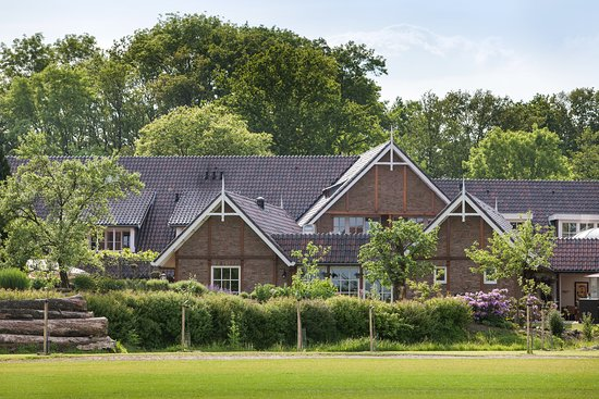 Landhuishotel & Restaurant De Bloemenbeek
