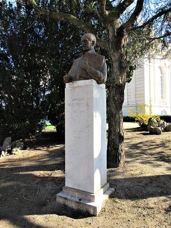 Monument à Armand Rassenfosse