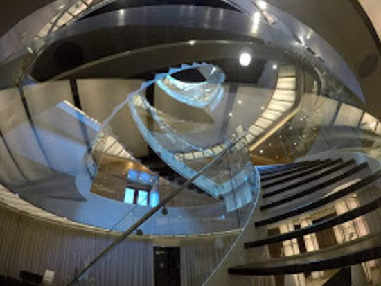 Seabourn Odyssey: Spiral Staircase