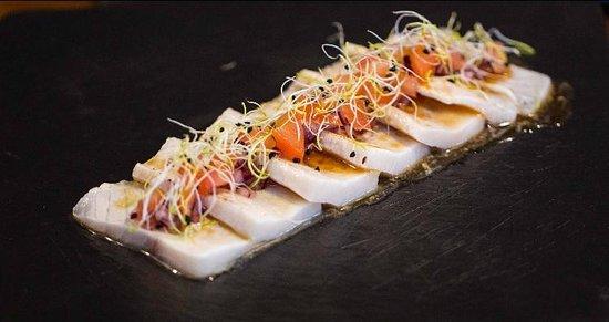 DEBA Sushi Lounge: Tataki