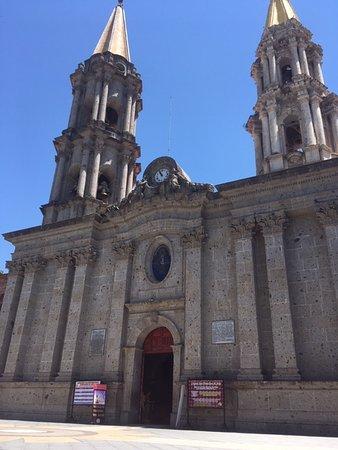 Construida en 1524 por los indígenas cocas, bajo la instruccionde los franciscanos.