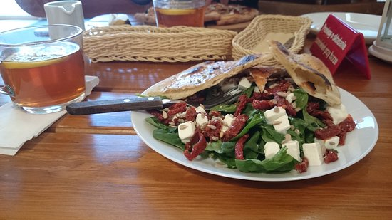 Ozarow Mazowiecki, โปแลนด์: Spinach salad - simple but delicious