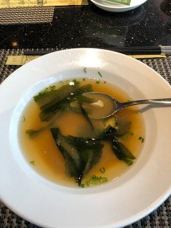 sopa con algas