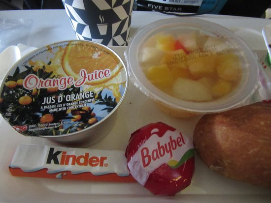 Air France: Last food offering before landing 6/3/18