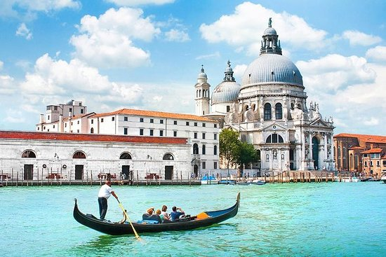Paseo en góndola por Venecia con...