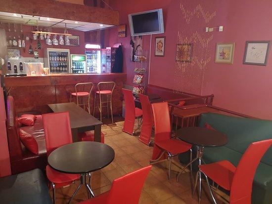 J&J Bar: Upstairs