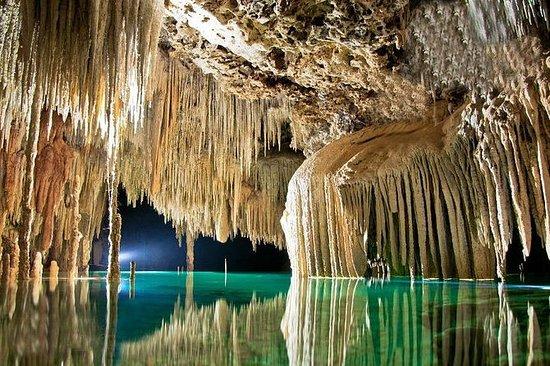 Visita al Río Secreto subterráneo con...