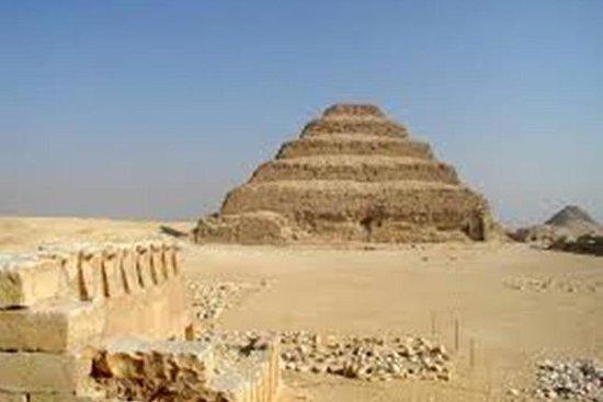 Full dagstur til Giza Pyramids Memphis...