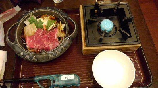 鍋部門から「すき焼き」