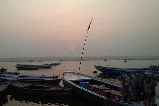 Privat solopgangsbådtur på floden...