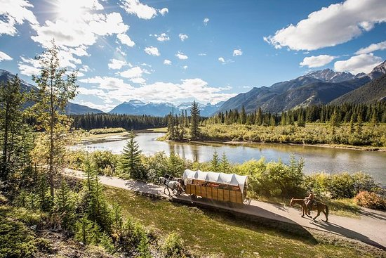 Covered Wagon oder Reiten in Banff...